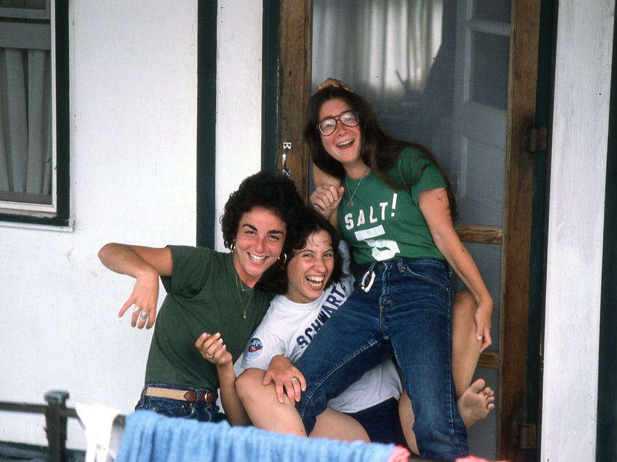alumni-pile-happy-campers